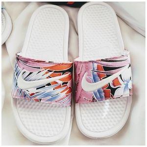 Nike Wm's Sandals white/brushstroke